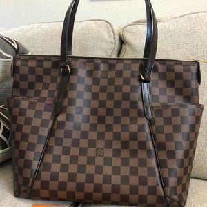 Louis Vuitton Totally MM DE